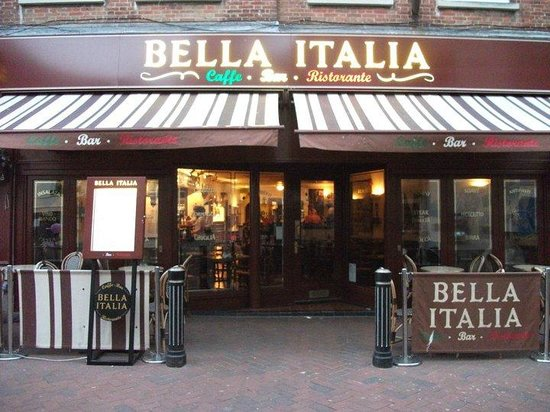 Bella Italia Weymouth: The restaurant from outside