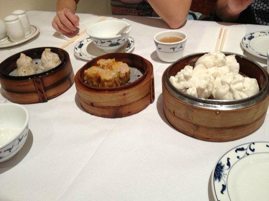 New World Chinese : 食べ過ぎに注意