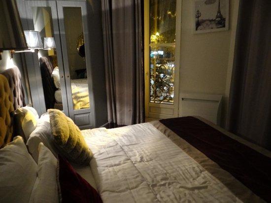 Hotel Cluny Square: Habitación