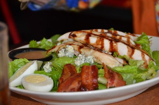 TGI Fridays: Chicken salads very good!