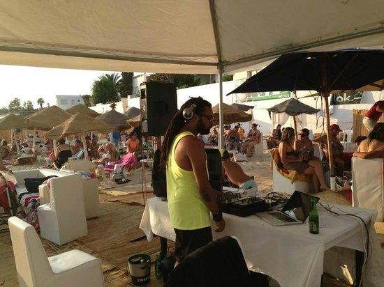 Hotel Dar Hayet : dj sur la plage