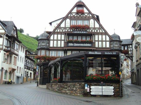 Berg\'s Alte Bauernschänke - Hotel - Picture of Alte Bauernschaenke ...