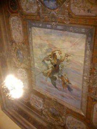 Orientale: Breakfast room ceiling
