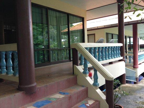 J.J. Bungalow & Guest house: Бунгало