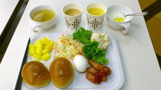 Comfort Hotel Hakata: 充実している朝食