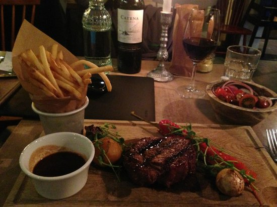 M.E.A.T.: Fantastic food, great service and good value!