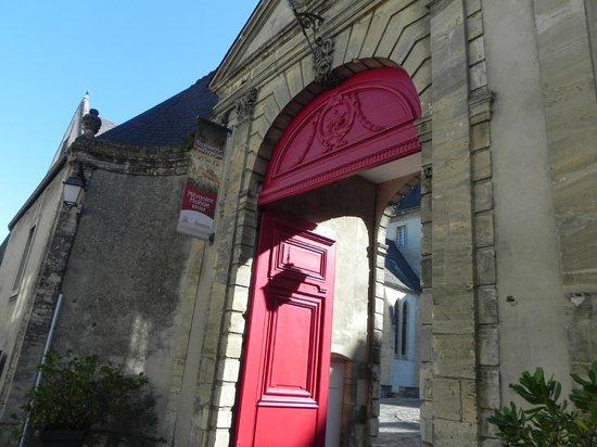 Museo del Tapiz de Bayeux: Museum Entrance