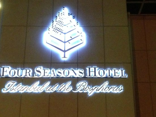 Four Seasons Istanbul at the Bosphorus: Sign
