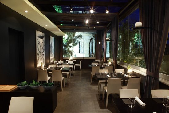 The Restaurant (78815113)