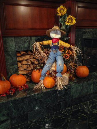 Ayres Suites Yorba Linda : All fixed up for fall