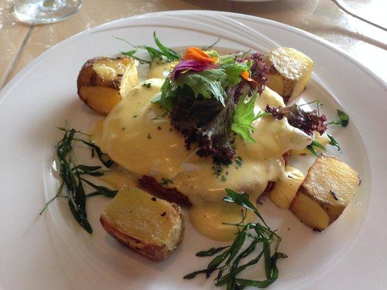 Restaurant Verbena : Sea bass eggs benedict - ehh