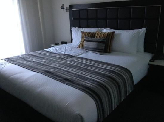 Meriton Serviced Apartments George Street, Parramatta: Bedroom