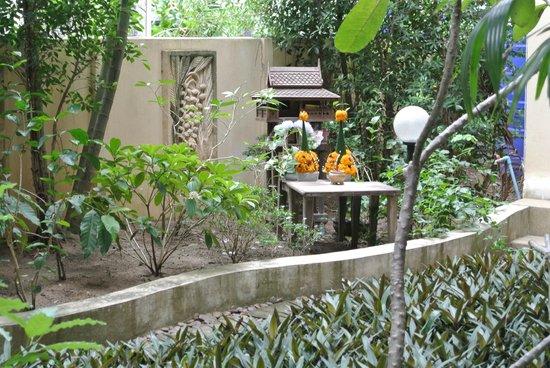Summer Inn : giardino