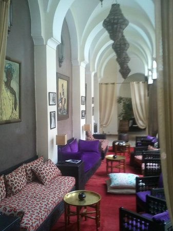 Palais Riad Calipau Marrakech: Lounge am Pool