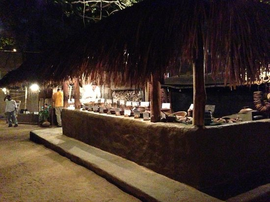Nuga Gama at Cinnamon Grand Colombo : Curry Buffet