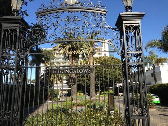 Fairmont Miramar Hotel & Bungalows: Cancello entrata