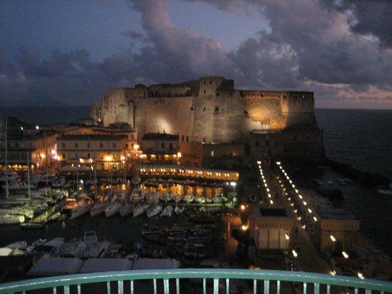 Grand Hotel Vesuvio : Naples Marina