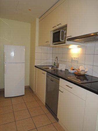Citadines München Arnulfpark: Kitchen