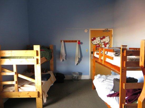 Hostel Buffalo-Niagara : Female dorm, 4 bunk beds