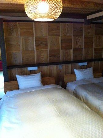 Hidatei Hanaougi: Very nice bedroom