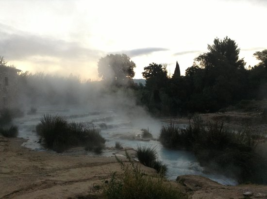 Il Cantuccio : Thermal baths in the early morning....