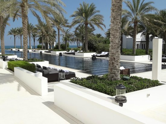 The Chedi Muscat – a GHM hotel : Spa pool is over 100 metres in length