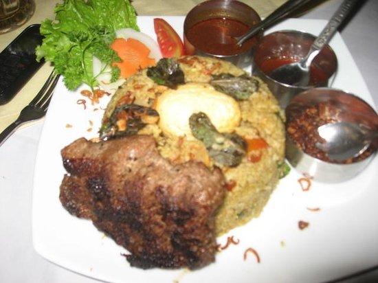 Golden Grill: Beef Buriyani
