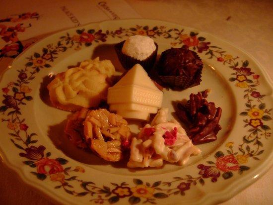 Restaurant-Bar Chesa Veglia: 最後のチョコレートも絶品