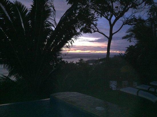 El Castillo Hotel: Sunset lounging area