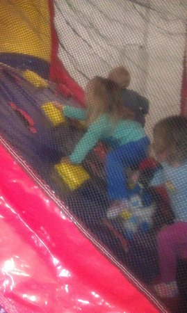 Thorp Family Fun: A great obstacle course!