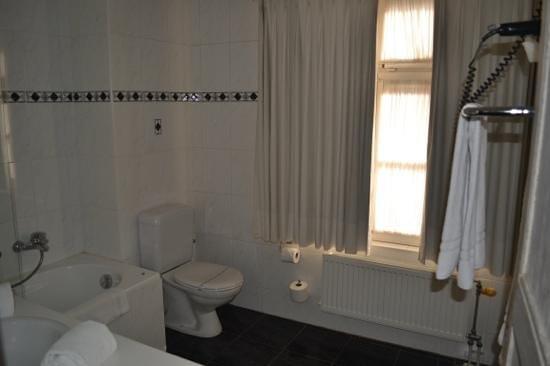 Relais Bourgondisch Cruyce - Luxe Worldwide Hotel : Toilet