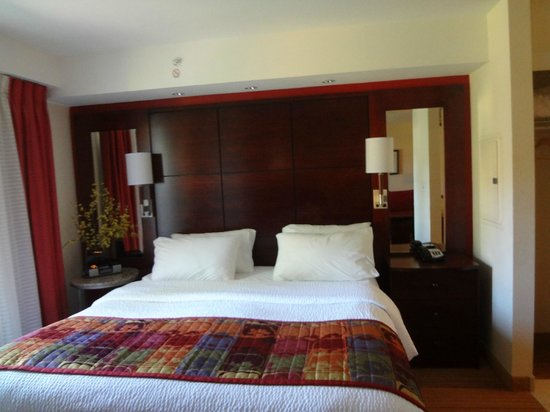 Residence Inn North Conway: Bed