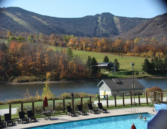 Grand Summit Resort Hotel at Mount Snow : View from Killington Grand Resort