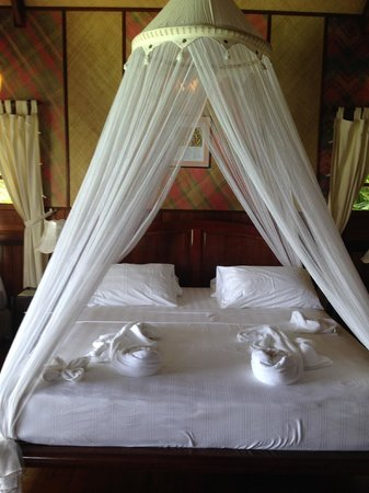 Lankayan Island Dive Resort : The big and comfortable bed