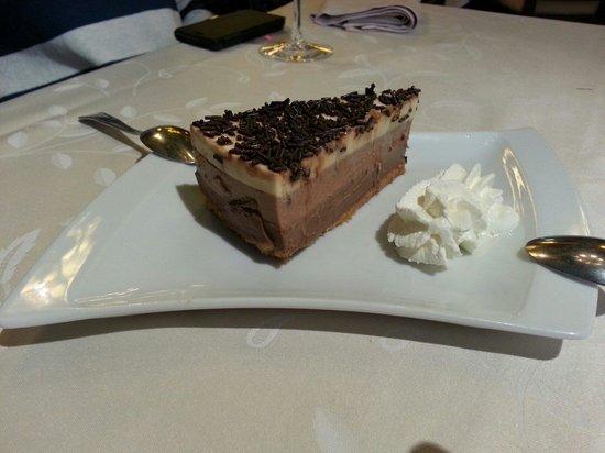 La Mensula II: Tarta de tres chocolates