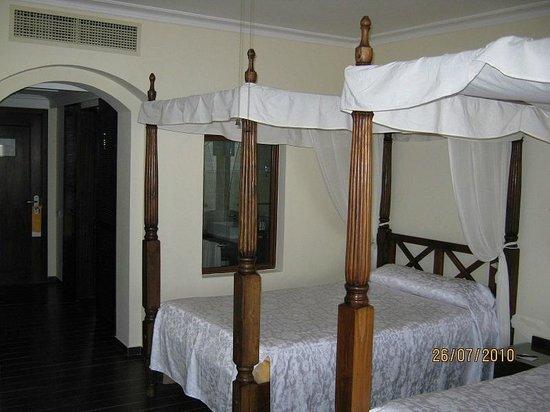 Domina Coral Bay Prestige Hotel : lit double ou 2 lits jumeaux c'est comme vous l'entendez
