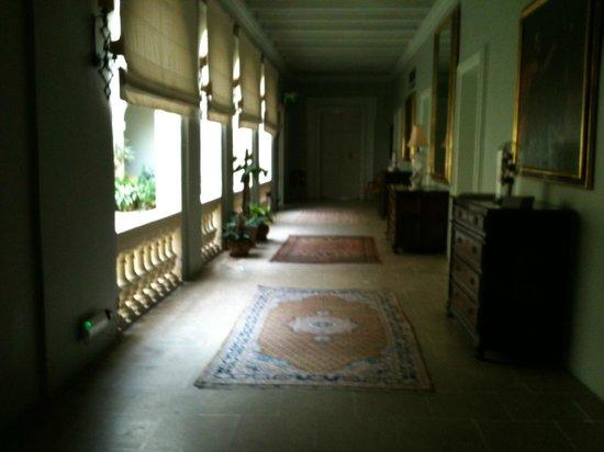 The Xara Palace Relais & Chateaux : Hallway overlooking Solarium