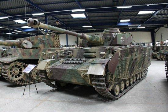 ソミュール戦車博物館