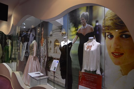 The Heritage Killenard: Museum of Style Icons (nearby)