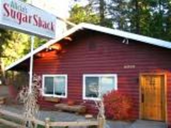 Alicia's Sugar Shack: Open everyday 6:00am - 2:00pm
