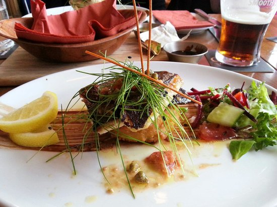 The Waterfront: Plat poisson