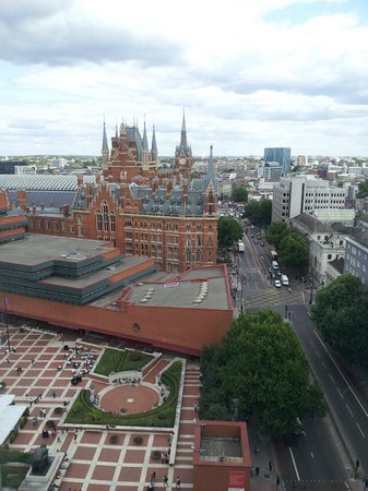 Pullman London St Pancras Hotel: view from floor