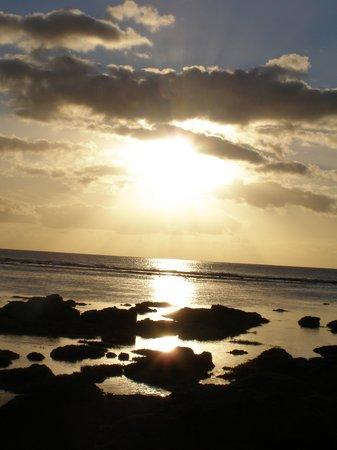 The Bay: coucher de soleil et c'était comme çà tous les soirs!