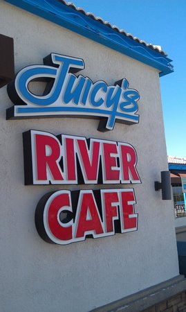 Juicy's Famous River Cafe: Big, welcoming sign!