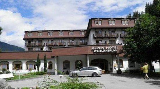 Alpen Hotel Weitlanbrunn: Hoteleingang