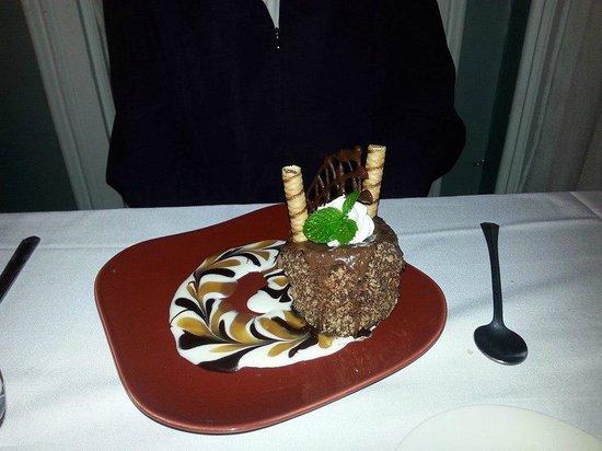 Valley Inn Restaurant: Wonka's Chocolate Tower