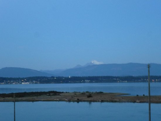 Swinomish Casino & Lodge: Nice view from our walk out deck