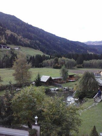 Alphotel Tyrol: paesaggio Racines senza la neve