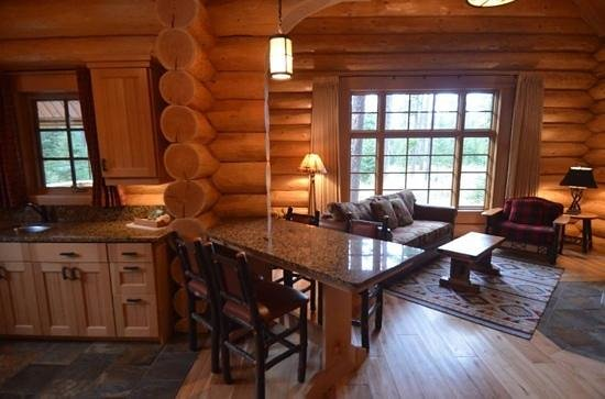 Alpine Village Cabin Resort - Jasper: Cabin No. 36