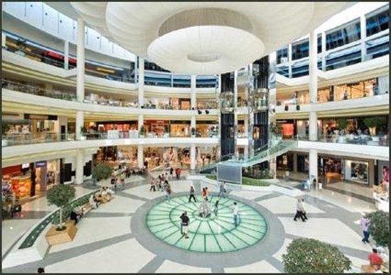 Bursa, Turkey: Korupark AVM ana giriş